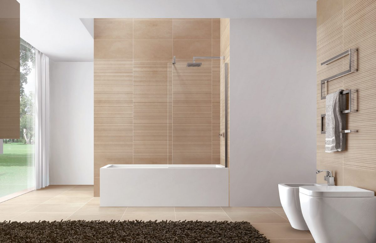 Walk-in bathtub screen